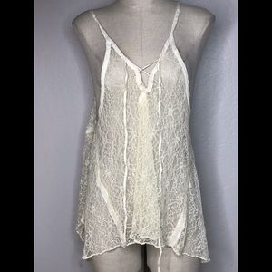 Ecote lace floral see through sleeveless S